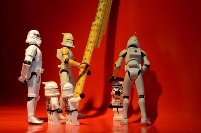 Stromtroopers measuring